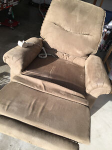 Pride Lift Chair/Recliner