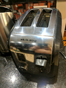 Black and Decker toaster and kettle