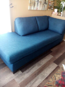 Chaise/couch