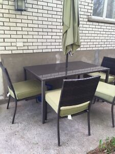 Outdoor table 4 chairs