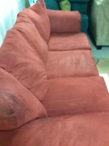 *** USED *** ASHLEY DARCY SALSA SOFA/LOVE   S/N:700205823   #STORE203