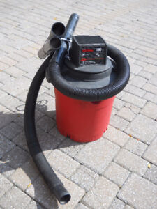 Shop Vac 30 liter by Craftsman with hose and attachments