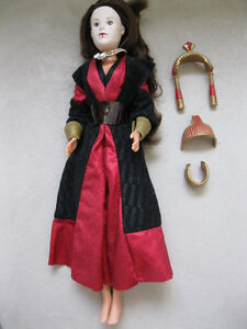 POUPEE STAR WARS QUEEN AMIDALA DOLL