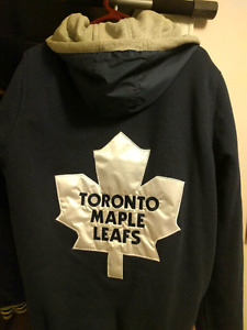 Toronto Maple Leaf men's reversible jacket size large.