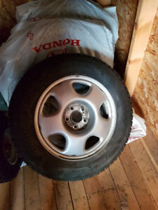 Bridgestone Blizzak 225/65R17 102S - With Honda Rims - Like New
