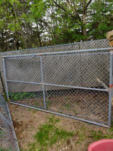 Buy or Sell Decks & Fences in Newfoundland | Garden & Patio