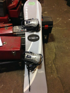 LIMITED OXYGEN SNOWBOARD with bindings $120