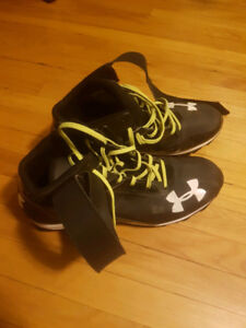 Under Armor Football Cleats size 13