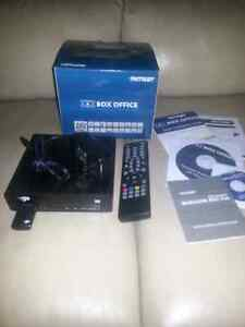 Patriot Box Office Multimedia Player with Remote