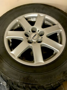 Lowered price 4 Blizzaks on Rims for Honda 235 65 16