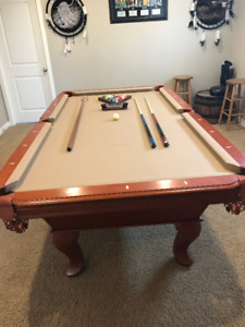 Gorgeous Redwood Pool Table!!