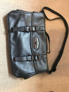 222fd70f83 Danier Purse Bag | Buy New & Used Goods Near You! Find Everything ...