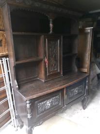 Dresser, pussy oak