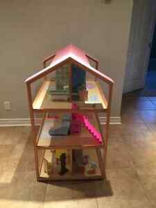 KidKraft So Chic Dollhouse with Furniture London Ontario image 2