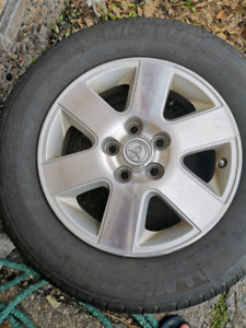 Tow tires with Crom rims 215/65/r16 $300