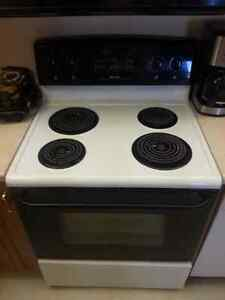 30 INCH FRIGIDAIRE STOVE