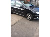 Breaking Peugeot 206 sport 2005 in black colour