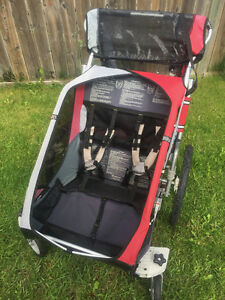 clean double chariot with stroller wheels & bike attachment