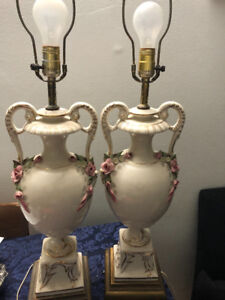 2 nice beautiful antique lamp / les 2 belles lamps