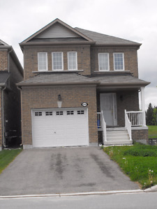 4 Bedroom Home In Sought After Innisfil For Lease