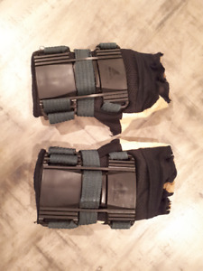 Wrist Guards with palm protection **LIKE NEW**