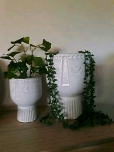 2 x decorative face pots & faux plants *New* Pick up Glenning Val