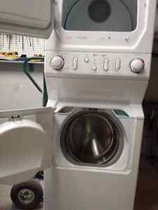 Maytag Apartment Washer/Dryer Combo