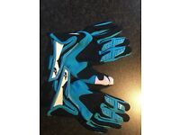 Alpinestars kids MX/Mountain bike gloves