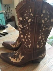 Ladies Leather Cowboy Boots