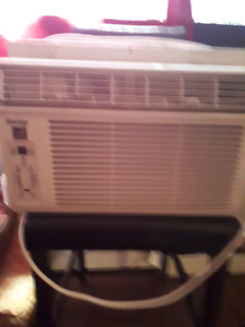 Window a.c. unit works great only selling as it's a touch 2 big
