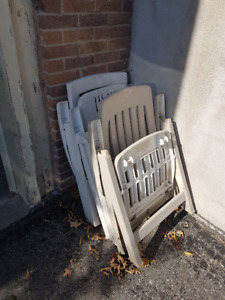 3 Folding Lawn chairs