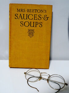CALF'S HEAD ANYONE 1918ish Mrs BEETON'S sauces soups 1st EDITION Cambridge Kitchener Area image 1