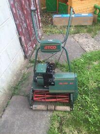 Atco deluxe b17 petrol lawnmower/roller