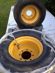 John Deere Skid Steer Rims & Tires