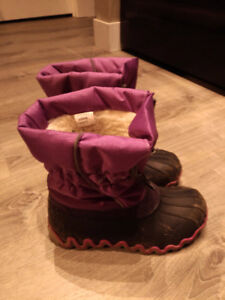 Female winter boots for sale 30CA
