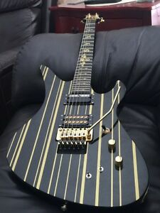 Synyster Gates Custom-S Guitar