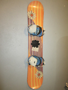 Snowboard with bindings 140 cm / 55""