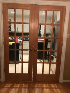 Solid Oak Double French Door with Beveled Glass Inserts