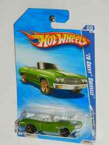 Hot Wheels 1/64 Scale 1970 Chevelle SS Convertible Diecast Cars