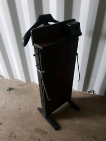 Trouser press, possible local delivery from Peterlee