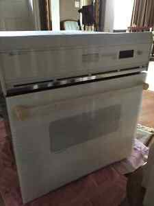 """Jenn Aire Built in 30"""" convection oven London Ontario image 1"""