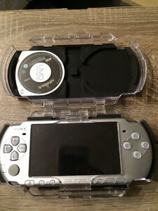 PSP 2000 Ice Silver