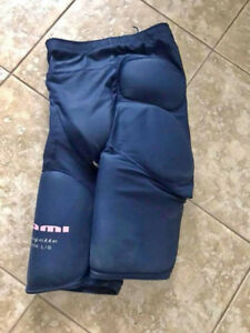 Looking for Youth Ringette Girdle, Size M or L