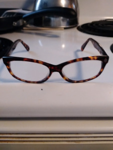 Excellent condition designer frames by(LOVE)