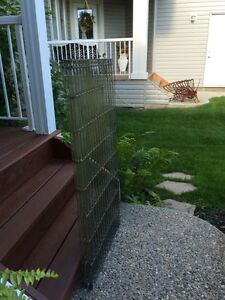 Stand up dog kennel/cage and extendable vehicle barrier Strathcona County Edmonton Area image 3