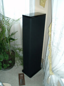 Mirage M-7si Bipolar Three-Way Floorstanding Tower Speakers
