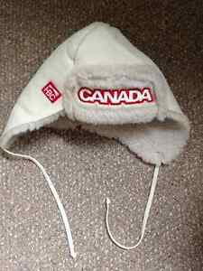 Youth L-XL/Adult S Canada Olympic winter hat