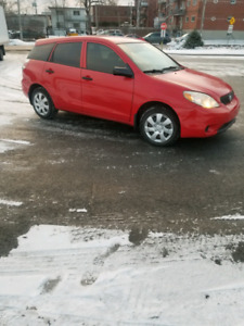 Toyota matrix 2006 3700$