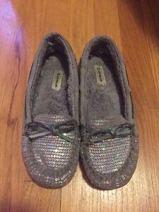 Girls Size 6 Youth Shoes St. John's Newfoundland image 1