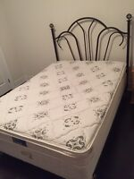 Free complete double bed